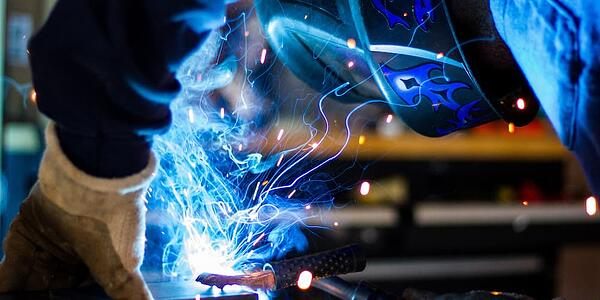 Tech trends that are dominating the manufacturing industry